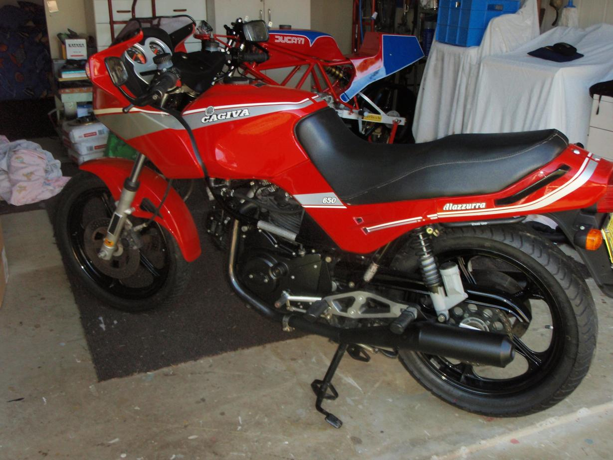 cagiva and tt 014 small.JPG